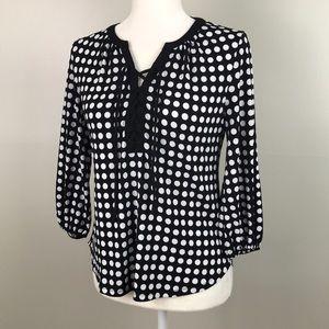 NEW YORK & CO Stretch Lace up Front Polka Dot Top